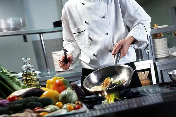 Московские рестораны активно занялись импортозамещением