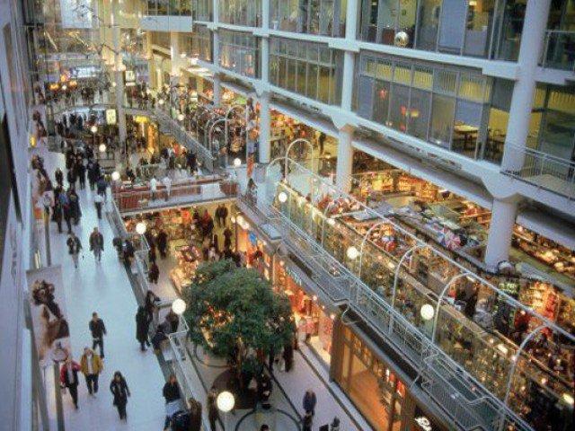 За два года столичные ТЦ недосчитались 28% посетителей