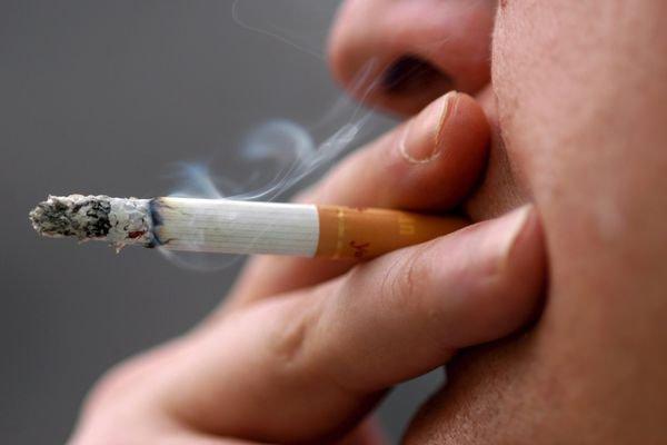 Мосгордума с одобрением отнеслась к идее о включении в трудовой договор пункта о курении