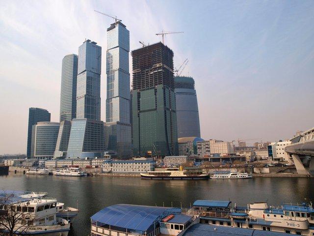 Часть столичных департаментов переедет в «Москва-Сити»