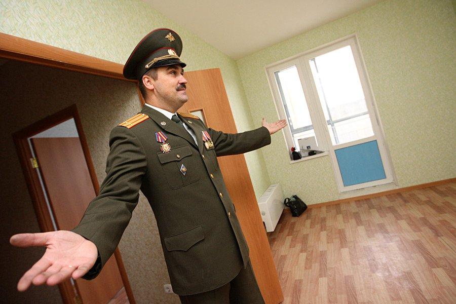 Военнослужащих начали заселять в столичные новостройки