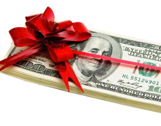 RoboOption дарит новогодние подарки