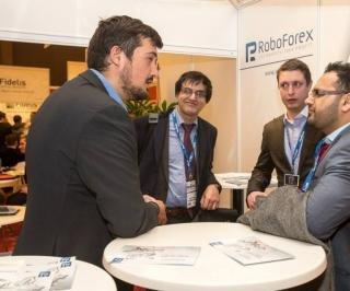RoboForex - золотой спонсор международной выставки