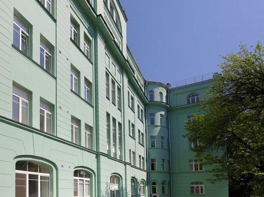 «Росэнергоатом» выставил на торги офисный особняк в центре Москвы