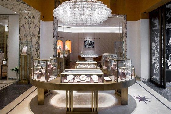 Новый флагманский бутик BVLGARI открылся в Москве