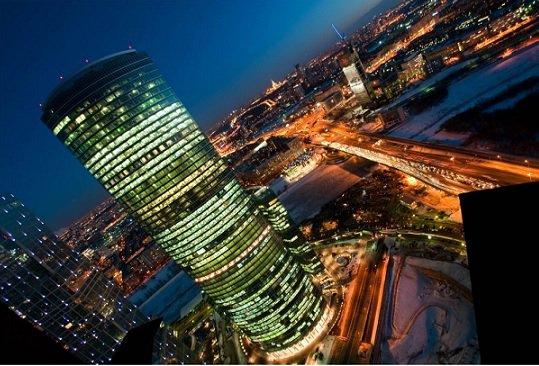Внешторгбанк закрыл сделку по приобретению башни «Евразия»