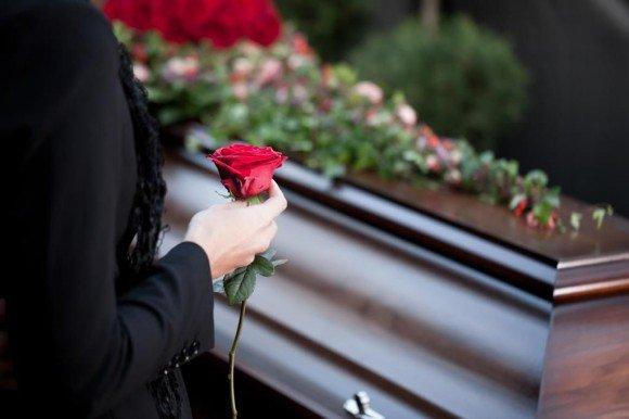 Ритуальные услуги будут лицензированы — Минстрой РФ