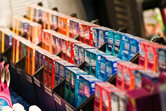 В Москве зафиксировано рекордное падение продаж презервативов