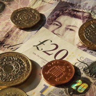 RoboForex предупредил о грядущих изменениях торгов с участием фунта