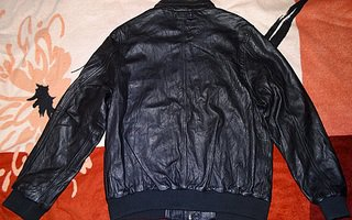 Как выбирается мужская куртка?