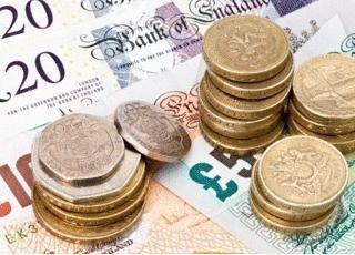В AxiTrader изменили условия торговли с британским фунтом