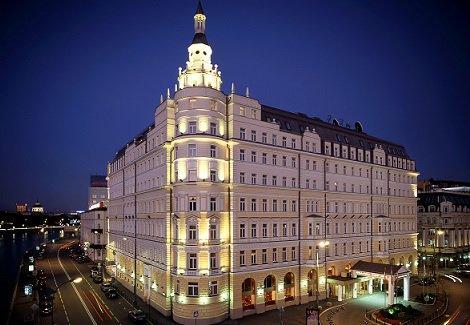 Гостиница «Балчуг Кемпински» будет продана за 260 млн евро