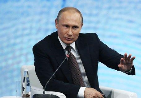 Путин поручил Медведеву проработать механизм защиты дольщиков