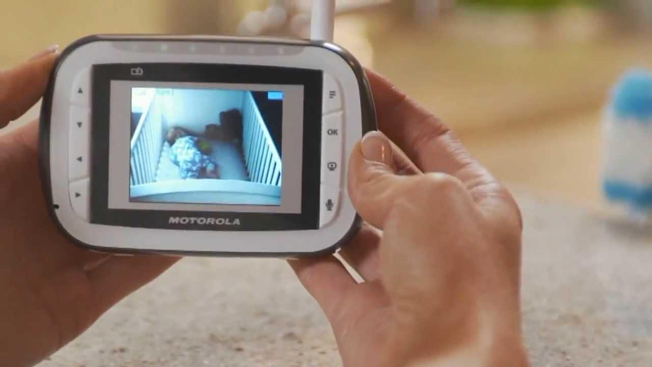 Видеоняня – это гаджет, который позволяет наблюдать за ребенком на расстоянии