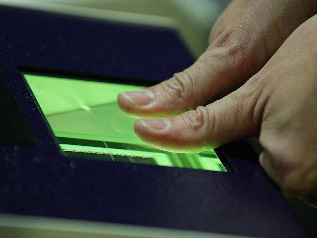 Банки скоро смогут легально применять биометрические данные