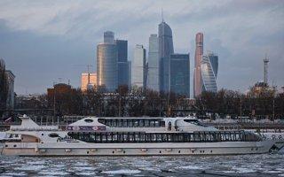На крыше московской башни откроют каток