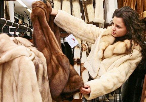 В Москве выявили немаркированные изделия из меха на 7 млн рублей