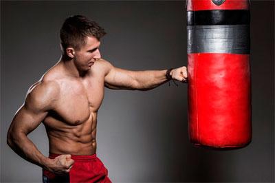 Спортивные снаряды, необходимые боксеру для эффективных тренировок