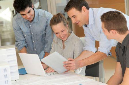 Уфимские студенты проходят стажировку в «ПЕТОН»