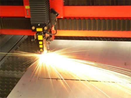 Резка металла: почему популярна лазерная технология