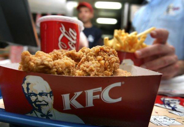 «KFC» тестирует собственную доставку