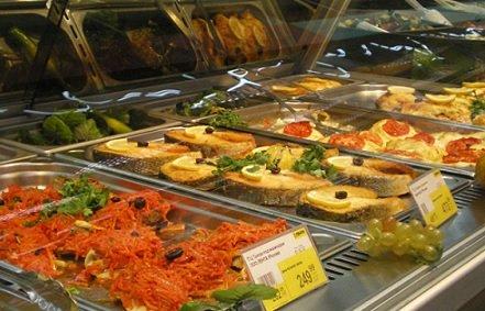 На смену ресторанам пришли отделы кулинарии в магазинах