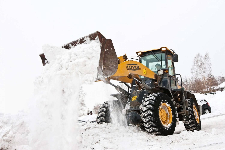Вывоз снега - необходимость в московском климате