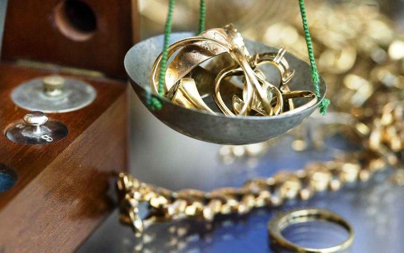 Продать золото быстро и выгодно можно - важно знать, как это сделать
