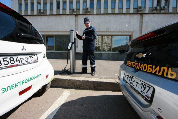 В столице появились паркинги для электрокаров