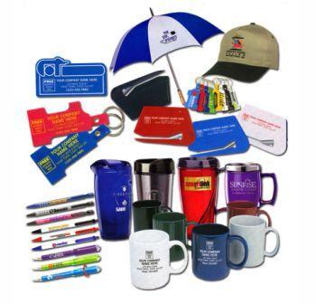Сувениры с логотипами: преимущества и виды изделий