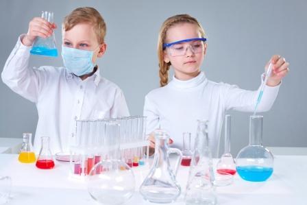 Оригинальное химическое шоу для детей во время утренника