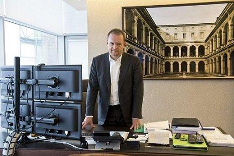 Главой алмазного бизнеса «Открытия» стал В. Беляев