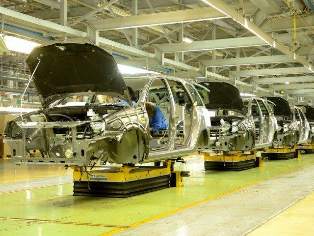 Чиновники предложили выделить автопрому 455 млрд рублей за 7 лет