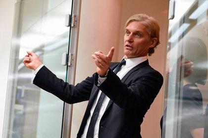 Тиньков выручил от продажи 8% акций «Тинькофф банка» 245 млн USD