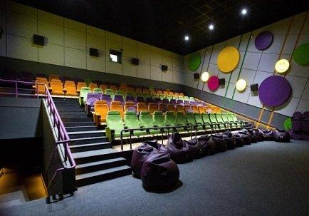«Формула кино» анонсировала запуск спецпоказов для зрителей с грудными детьми