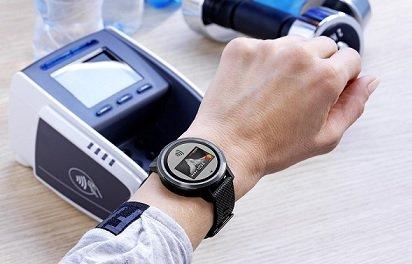 «Тинькофф банк» начал поддерживать работу с платежной системой Garmin Pay