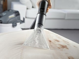 Химчистка мягкой мебели: особенности и советы