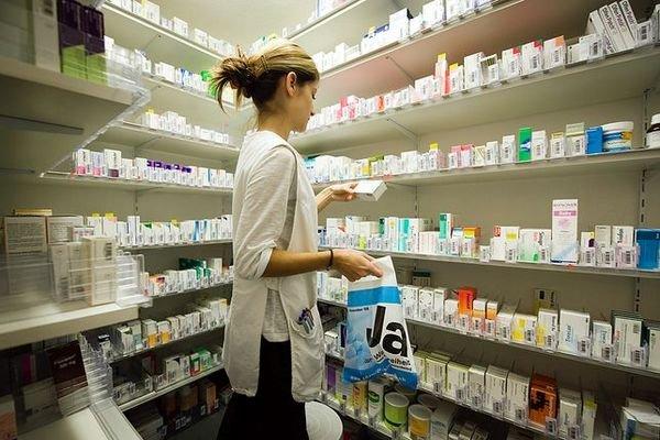 Аптеки выступили против реализации лекарств в продуктовых магазинах