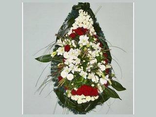 Ритуальный венок как символ вечной памяти