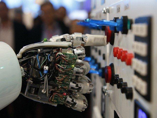 «Target Global» и «Addventure» поверили в робота-юриста