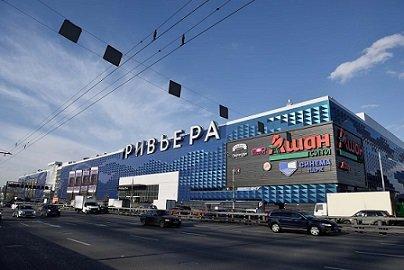 С. Гордеев продает свои торговые объекты