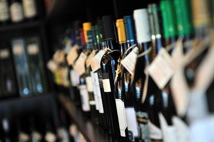 Чиновники могут разрешить реализацию алкоголя на АЗС