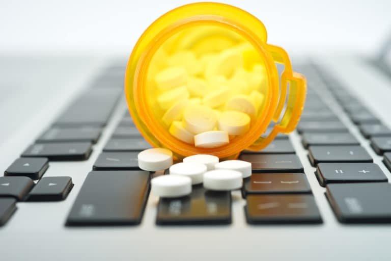Легализация интернет-торговли лекарствами становится все более вероятной