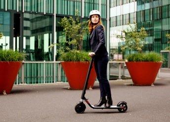 YouDrive официально запустил сервис проката самокатов