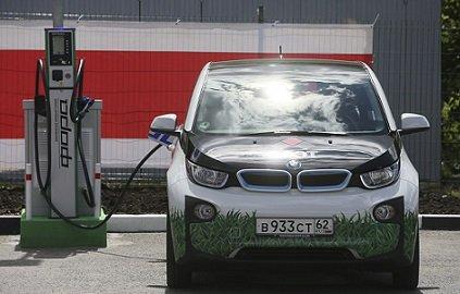Первая станция экспресс-зарядки электромобилей заработала в Московской области