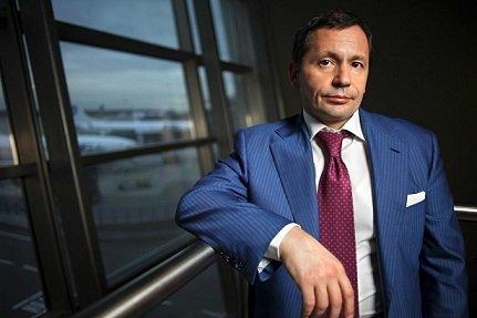 Совладелец Внукова хочет выкупить блокирующий пакет аэропорта у государства