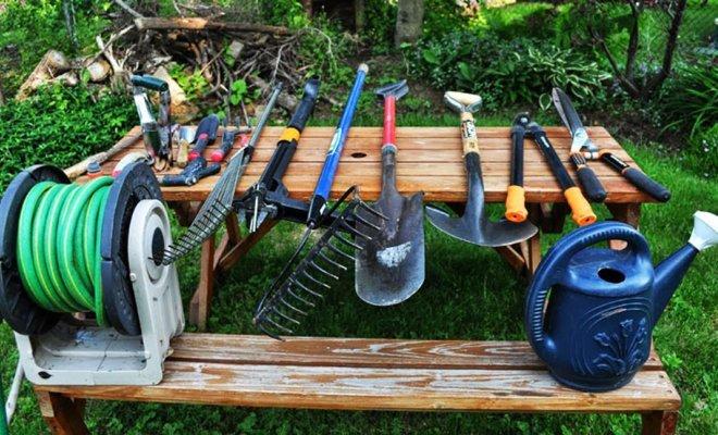 Какие нужны инструменты для дачи?