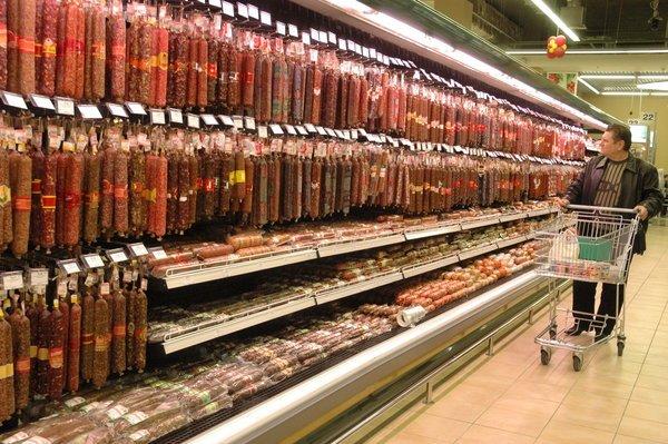 «Мираторг» начал производить колбасу