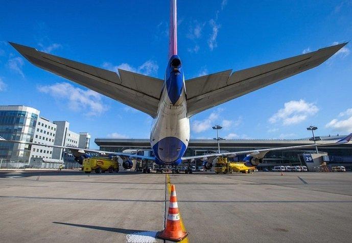 Авиакомпании компенсируют рост стоимости топлива за счет пассажиров