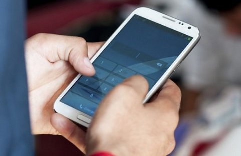 Абоненты «Билайна» и МТС больше не смогут снимать деньги с телефонов в банкоматах